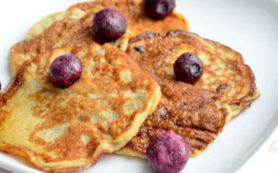 Een lekker en gezond ontbijt: bananenpannenkoekjes met appel